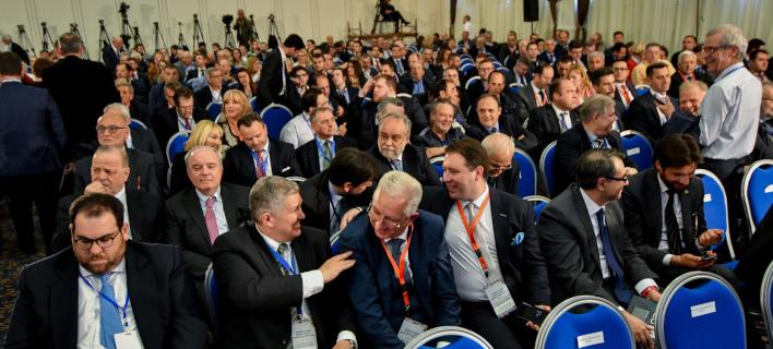 Ευκαιρίες και εμπόδια στα Σκόπια -9 Ελληνες επιχειρηματίες εξηγούν τι είδαν με τον Τσίπρα
