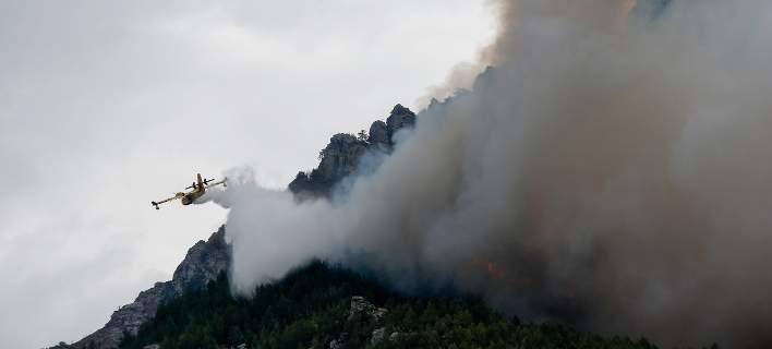 Εκτακτη ενημέρωση της Πυροσβεστικής για τη μεγάλη φωτιά στην Εύβοια
