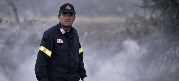 Σε εξέλιξη οι πυρκαγιές σε Ηλεία, Κορινθία, Κρήτη και Αυλώνα -«Μάχη» των πυροσβεστών λόγω ισχυρών ανέμων