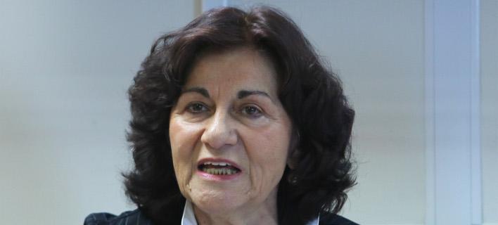 Επιμένει η Φωτίου: Η ελληνική κοινωνία περιμένει το ν/σ για την αναδοχή και την υιοθεσία