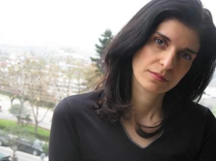 Η συγγραφέας Εύα Ιεροπούλου μιλάει για τα παραμύθια και τα παιδιά