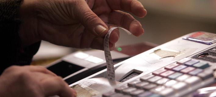 Πόκερ στις Βρυξέλλες για τον ΦΠΑ: Στο τραπέζι 4 συντελεστές