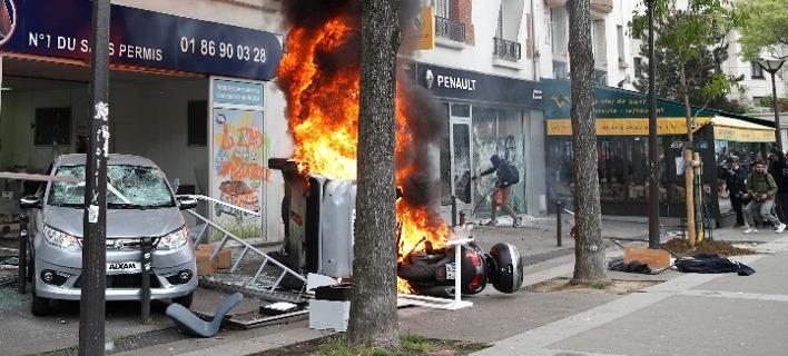 Γαλλία: Εκρυθμη η κατάσταση στην εθνική εορτή της 14ης Ιουλίου -Εκαψαν 845 αυτοκίνητα, 508 άτομα συνελήφθησαν