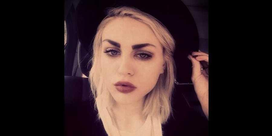 Η 20χρονη Φράνσις Μπιν Κομπέιν είναι κόρη του Κερτ Κομπέιν των Nirvana