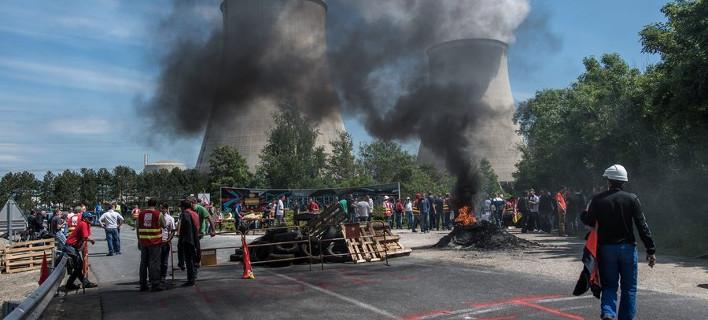 (φωτογραφίες: Christophe Petit Tesson/EPA/ΑΠΕ)