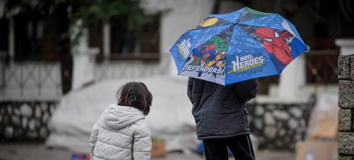 Με κοινωνικό μέρισμα επιχειρεί η κυβέρνηση να ενισχύσει τα φτωχά νοικοκυριά/Φωτογραφία: Eurokinissi