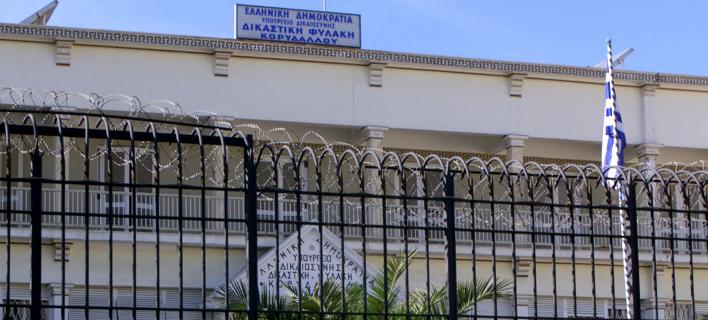 Κρατούμενοι Κορυδαλλού: Μεσημεριανή άρνηση κλειδώματος στα κελιά τους ως συμπαράσταση στον Ρωμανό