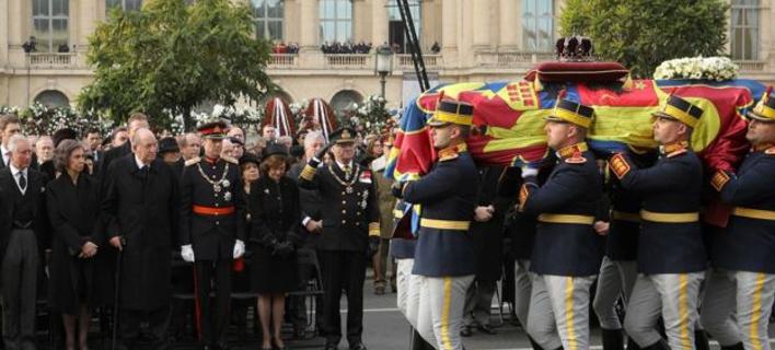 Η Ρουμανία αποχαιρέτησε τον πρώην βασιλιά, Μιχαήλ Α΄ (Φωτογραφία: bbc.com)