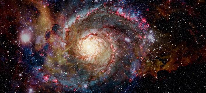 Σκόνη από νανοδιαμάντια που εκπέμπουν μικροκύματα περιβάλλει μακρινά νεαρά άστρα