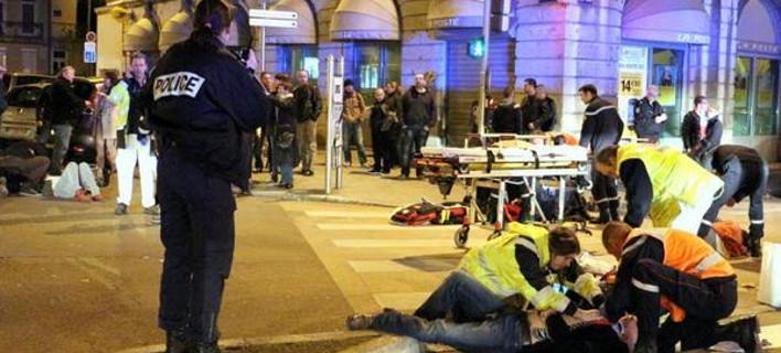 Οδηγός στη Γαλλία επέσε πάνω σε πεζούς φωνάζοντας «Ο θεός είναι μεγάλος» -11 τραυματίες