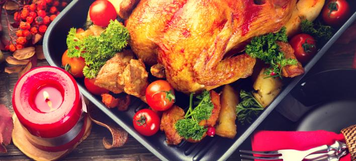Μειωμένο κατά 3% φέτος το εορταστικό τραπέζι/ Φωτογραφία: Shutterstock
