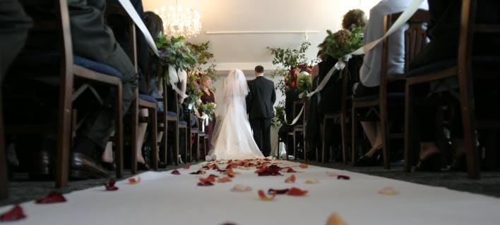 γαμήλια τελετή/Φωτογραφία: pexels