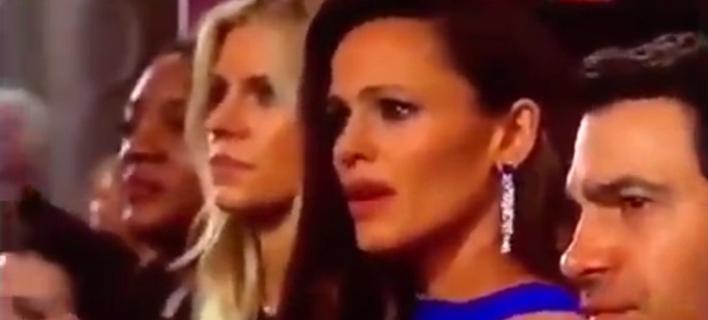 Η Τζένιφερ Γκάρνερ «σκάλωσε» στα Οσκαρ και έγινε meme -Τι είδε και έμεινε [εικόνα & βίντεο]