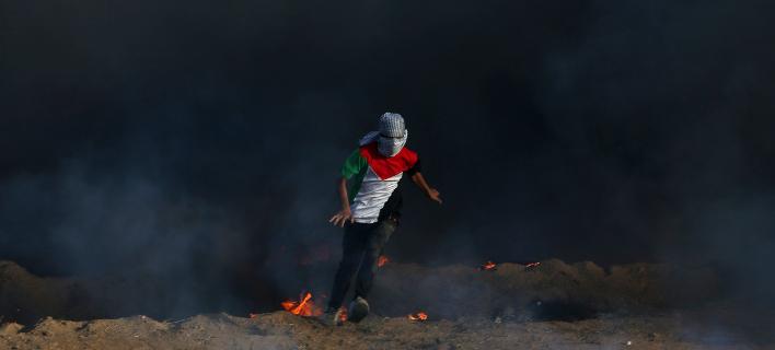 Ισραήλ: Ενας Παλαιστίνιος νεκρός από ισραηλινά πυρά στη Γάζα (Φωτογραφία: AP Photo/Adel Hana)