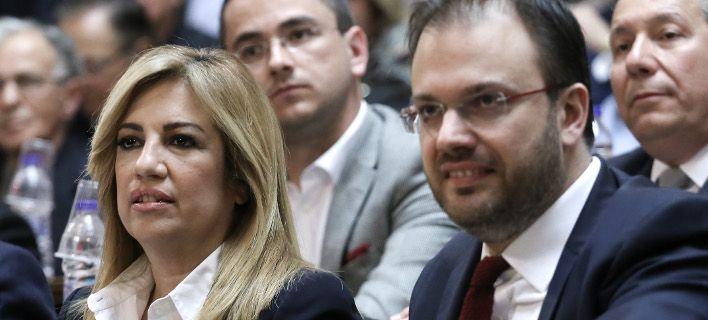 ΑΛΑΛΟΥΜ ΣΤΑ ΚΟΜΜΑΤΑ Νέος πονοκέφαλος για τη Φώφη -Ο Θεοχαρόπουλος θέλει να ψηφίσει τη Συμφωνία των Πρεσπών