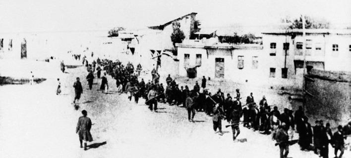 Λευκός Οίκος: Αναγνωρίζει τις «φρικαλεότητες» και αποφεύγει τον όρο «γενοκτονία» για τη Σφαγή των Αρμενίων
