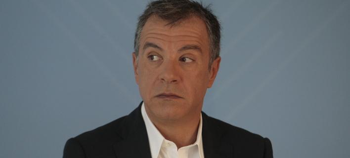 Θεοδωράκης: Ο Μελανσόν ως γνήσιος λαϊκιστής κλείνει το μάτι στους ακροδεξιούς αντιευρωπαϊστές