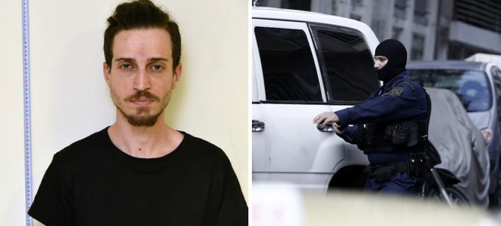 Η ανάρτηση καθηγητή του 29χρονου Κωνσταντίνου: Κοντούλης, αδύνατος, ξανθωπός με ράστα, με αρχαϊκή οργή και πρωτόγονη πίκρα