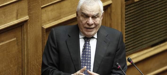 Ο Γιακουμάτος σχολιάζει το ενδεχόμενο να πάνε στη ΝΔ Ψαριανός και Διαμαντοπούλου