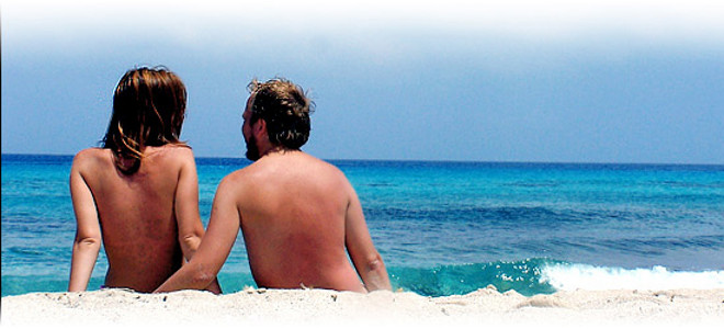 Oι αρχές του γυμνισμού και 14 παραλίες στην Ελλάδα όπου μπορείτει να... πετάξετε