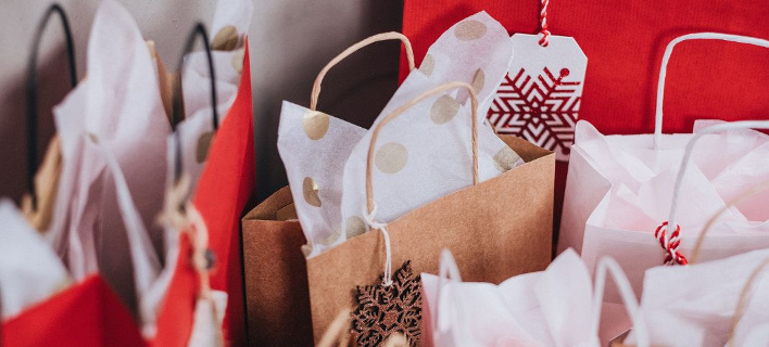 Αποτέλεσμα εικόνας για χριστουγεννιάτικων αγορών,
