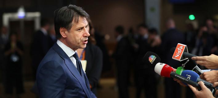 O πρωθυπουργός της Ιταλίας, Τζουζέπε Κόντε (Φωτογραφία: ΑΡ/Francisco Seco)