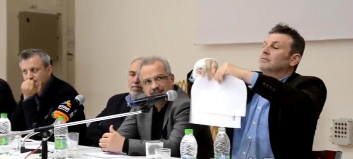 Σφοδρές αντιδράσεις στη Στυλίδα για τους πρόσφυγες -Γκλέτσος: Θα κάνουμε δημοψήφισμα [βίντεο]
