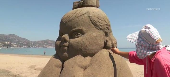 Μοναδικά γλυπτά από άμμο σε παραλία της Κρήτης [βίντεο]
