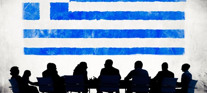 Bloomberg: Η Ελλάδα και η Ευρώπη βρίσκονται σε πόλεμο για το τίποτα
