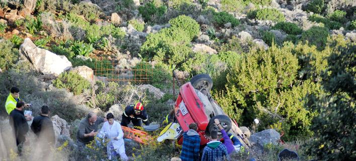 αυτοκίνητο έπεσε σε γκρεμό/Φωτογραφία Αρχείου: Eurokinissi