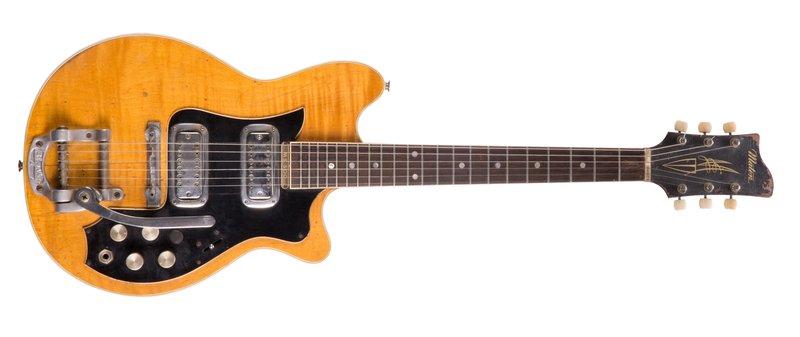 Η περίφημη Maton Mastersound MS-500 του Τζορτζ Χάρισον (Φωτογραφία: Guitar Auctions.co.uk)