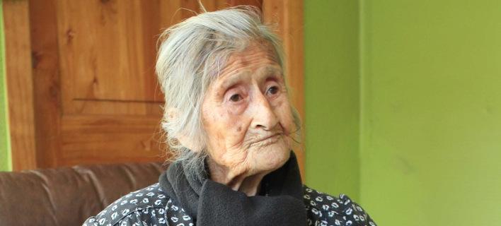 Κουβαλούσε για 60 χρόνια στην κοιλιά της το νεκρό μωρό της [βίντεο]
