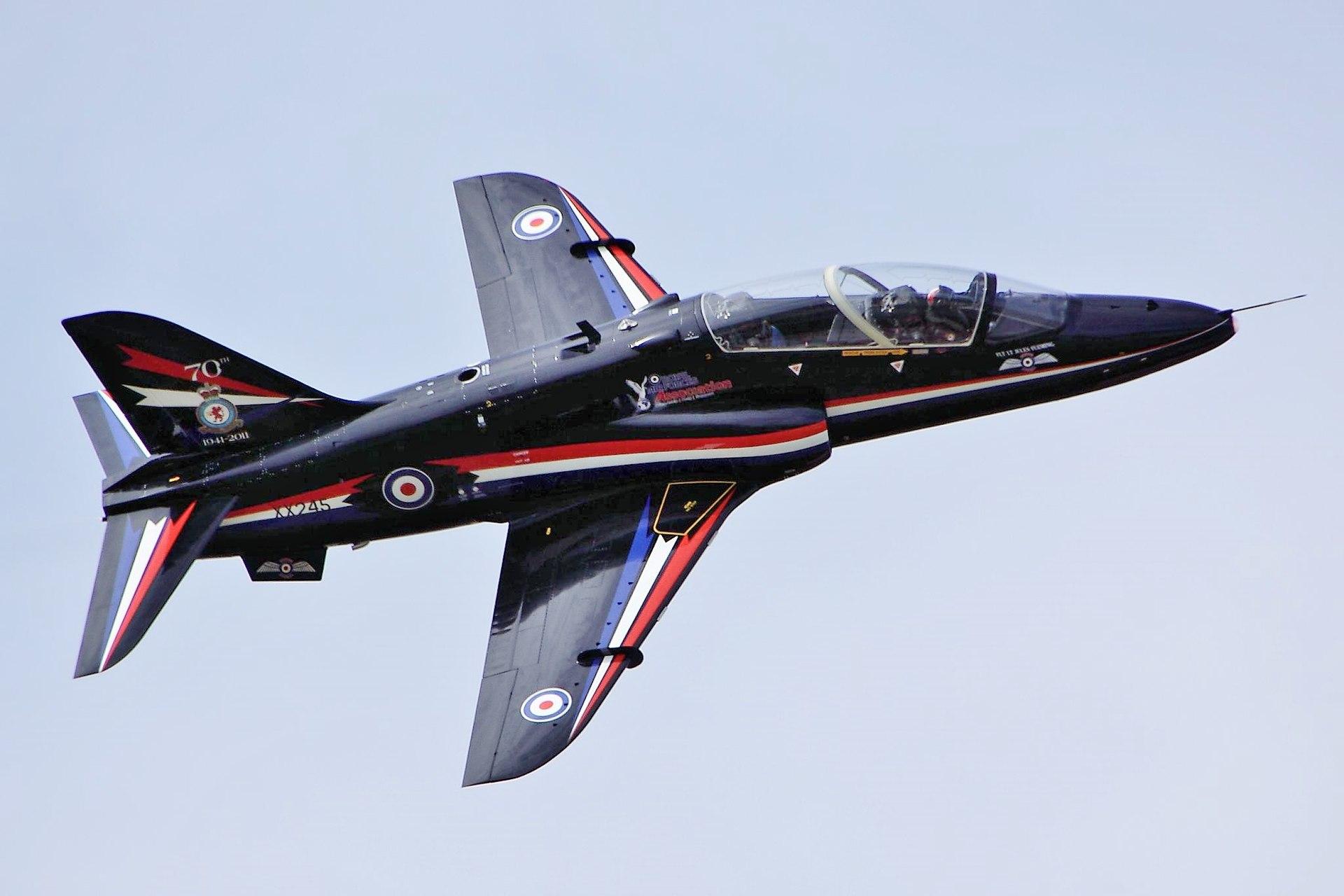 Ένα Hawk T1  εν πτήσει (Φωτογραφία: Wikipedia)