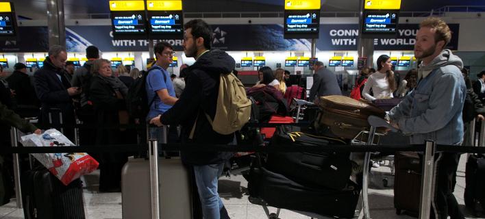 Η ΕΕ συμφώνησε: Οι Βρετανοί τουρίστες δεν θα χρειάζονται βίζα σε περίπτωση άτακτου Brexit