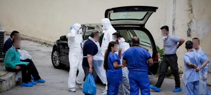 ιατροδικαστική υπηρεσία/Φωτογραφία: Eurokinissi/ΣΤΕΛΙΟΣ ΜΙΣΙΝΑΣ