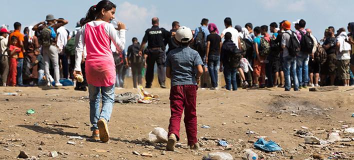 """Ο ήλιος στην Ειδομένη """"ζέστανε"""" την ελπίδα των προσφύγων"""