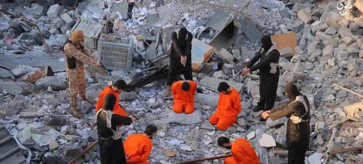 Νέο σκληρό βίντεο του ISIS- Γαλλόφωνος τζιχαντιστής εκτελεί κρατουμένους