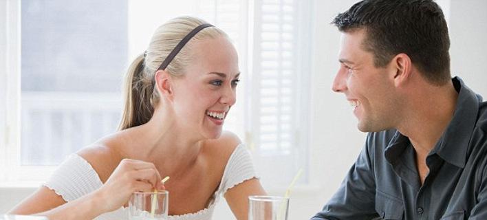Αυτή είναι η καλύτερη στιγμή της ημέρας για να μιλήσει μια γυναίκα στον σύντροφό της -Η μόνη ώρα που θα την ακούσει
