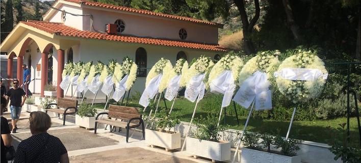 Αποτέλεσμα εικόνας για Σε κλίμα οδύνης η κηδεία του 15χρονου μαθητή στην Αργυρούπολη