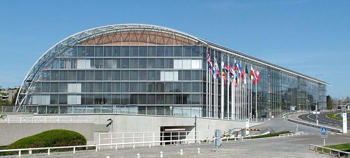 Η Ευρωπαϊκή Τράπεζα Επενδύσεων αγοράζει «κόκκινα» δάνεια