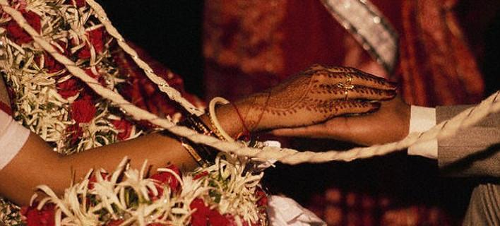 Απίστευτο: Ο γαμπρός έπαθε επιληψία κατά τη διάρκεια του γάμου και η νύφη παντρεύτηκε έναν καλεσμένο