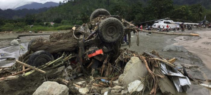 Ινδονησία: 80 νεκροί από τις πλημμύρες - 43 ακόμη αγνοούντα /Φωτογραφία: AP