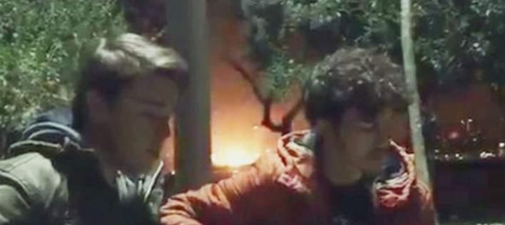 Μακελειό στην Τουρκία: Επαιζαν κιθάρα αμέριμνοι και πίσω τους έσκασε η βόμβα [βίντεο]