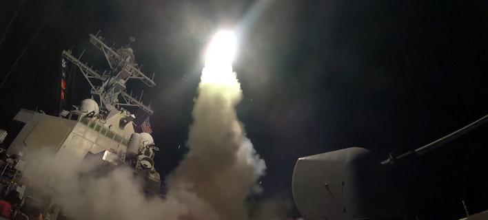 Αποτέλεσμα εικόνας για Οι ΗΠΑ βομβάρδισαν τη Συρία με 59 πυραύλους