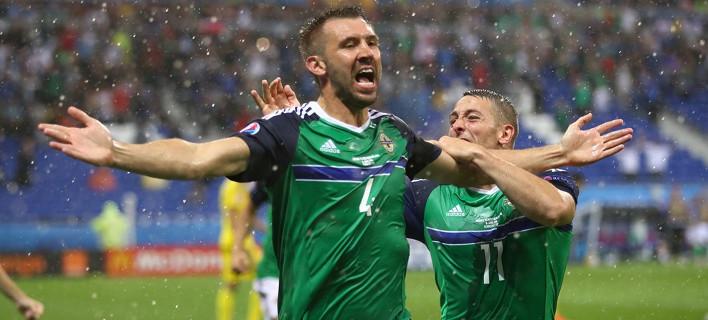 Εγραψε ιστορία η Βόρεια Ιρλανδία – Πρώτη νίκη της σε EURO [βίντεο]