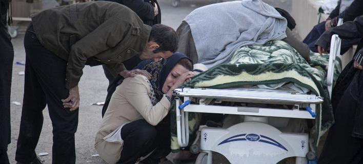 Ιράν: 341 νεκροί και 5.953 τραυματίες ο νέος απολογισμός του σεισμού