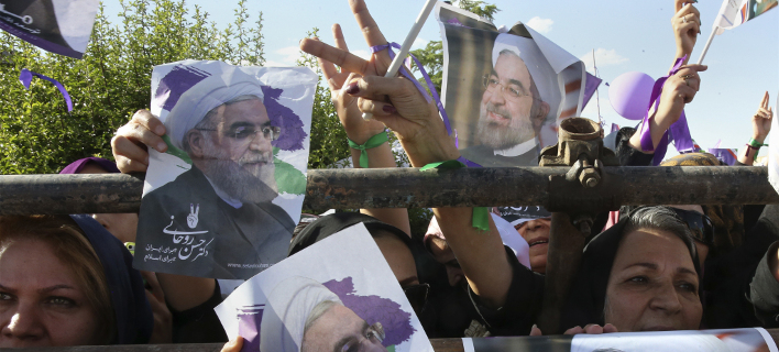 Ο Ρουχανί επανεξελέγη πρόεδρος του Ιράν από τον πρώτο γύρο με 57%