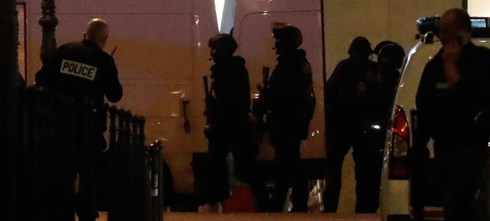 Amaq: Το Ισλαμικό Κράτος ανέλαβε την ευθύνη την επίθεση στο Παρίσι - Δράστης ο Βέλγος Αμπού Γιουσίφ