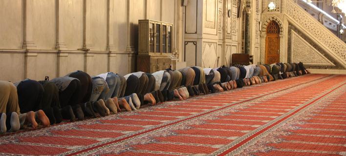 ΗΑΕ: Η ελλιπής επιτήρηση των τεμενών ευθύνεται για την άνοδο του ισλαμιστικού εξτρεμισμού