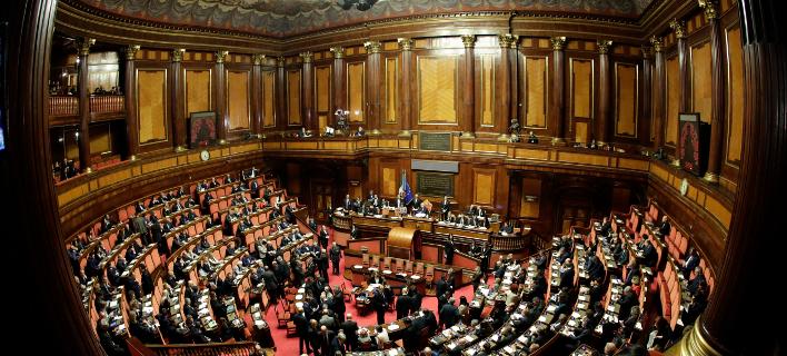 Γερουσία (εικόνα) και Βουλή ενέκριναν το δημοσιονομικά σχέδια της κυβέρνησης (Φωτογραφία: AP/Andrew Medichini)